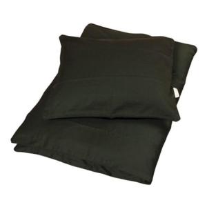 Dark Greenbaby sengetøj fra Filibabba Smukt baby sengesæt i en lækkermørkegrønfarve fra danske Fillibabba. Sengetøjet er super blødt og består af både et dyne- og pudebetræk. Både dynen og puden lukkes med en skjult lynlås i bunden. Sengesættet f